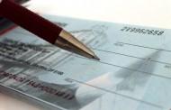 ASSEGNO: per la firma di un ente collettivo, occorre il nome e il cognome della persona fisica che sottoscrive