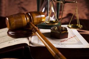 OPPOSIZIONE DECRETO INGIUNTIVO: va disposta la sospensione della provvisoria esecuzione solo ove sia certa la revoca del provvedimento
